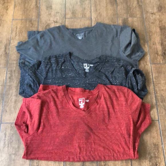 BDG Other - Bundle of 3 XL BDG V neck shirts